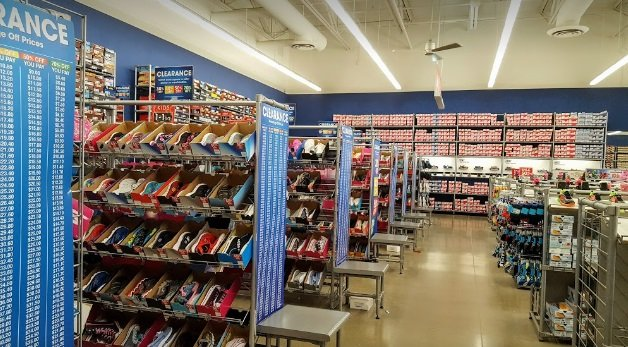 SKECHERS Factory Outlet - 1230 109