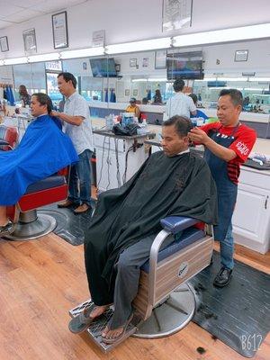 Sal S Budget Barber 12376 Poway
