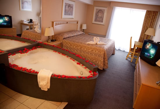 Howard Johnson Hotel By Wyndham By The Falls Niagara Falls Updated Covid 19 Hours Services 104 Photos 48 Reviews Hotels 5905 Victoria Avenue Niagara Falls On Canada Phone Number Yelp