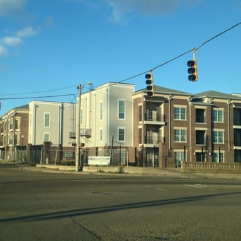 Crescent Bluff Ii Apartments 10 East Virginia Ave Memphis Tn Phone Number Yelp