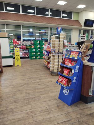 Royal Farm Takeout Delivery 12 Photos Gas Stations 3710 Churchville Rd Aberdeen Md Restaurant Reviews Phone Number Yelp