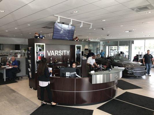 Varsity Ford Ann Arbor >> Varsity Ford 3480 Jackson Rd Ann Arbor Mi Auto Dealers