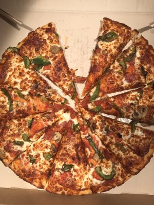 Pizza Hut Takeout Delivery 19 Photos Pizza 1561 The Queensway Etobicoke Toronto On Restaurant Reviews Phone Number Yelp
