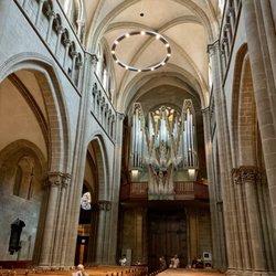 Photo of Paroisse St-Pierre-Fusterie - Geneva, Genève, Switzerland. L'orgue. Magnifique!