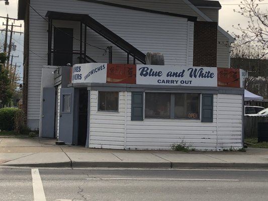 Blue White Carry Out 49 Photos 134 Reviews Southern 1024 Wythe St Alexandria Va Restaurant Phone Number