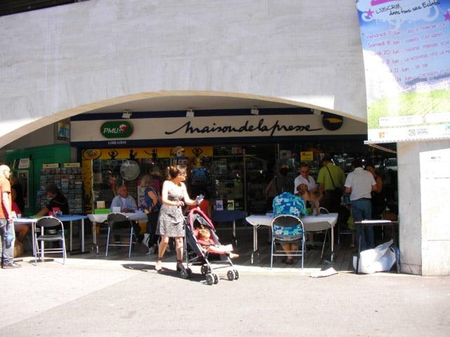Maison De La Presse Tobacco Shops 83 Bd Du Redon La Panouse Marseille France Phone Number Yelp