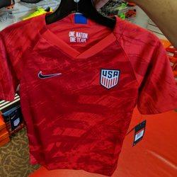 10ae65f2d Soccer Post DC - 12 Photos   15 Reviews - Sports Wear - 13041 Lee ...