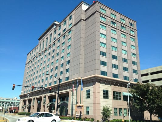 Hotel casino aztar al hert casino royale interveiw bond