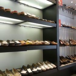 pimienta parcialidad Cirugía  The Best 10 Shoe Stores near Lurueña in Madrid - Yelp