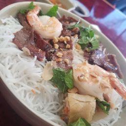 Viet Pho Reno Takeout Delivery 94 Photos 116 Reviews Vietnamese 315 E Moana Ln Reno Nv Restaurant Reviews Phone Number Menu Yelp