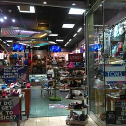 73e86f4a274b Journeys Boise Town Square. 1 review.   ModerateShoe Stores. 350 N  Milwaukee St