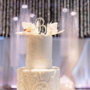 Photo of Shelby Lynns Cake Shoppe - Springdale, AR, United States. Wedding topper