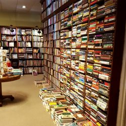 The Dusty Bookshelf 17 Photos 22 Reviews Bookstores