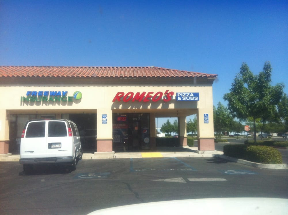 Romeo S Pizza And Subs Pizza 4846 E Kings Canyon Rd Fresno Ca Restaurant Reviews Phone Number Yelp