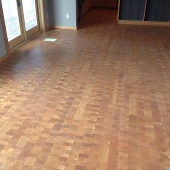 Great Room Floor Throughout Main Level Except Bedrooms Doug Fir