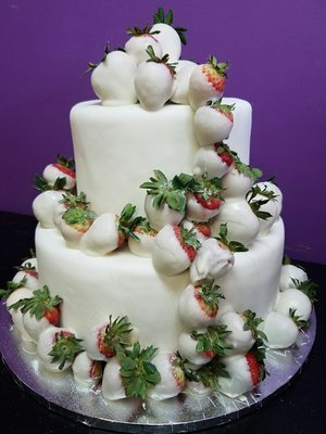 Sweet 220 Pastry Specialty Cakes 28760 Plymouth Rd Livonia Mi Bakeries Mapquest
