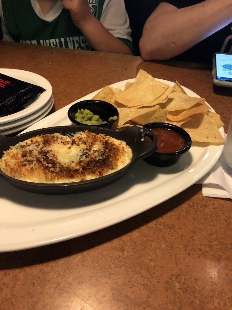 Tgi Fridays 84 Photos 89 Reviews American Traditional 71 Route 23 S Wayne Nj Restaurant Reviews Phone Number Menu Yelp