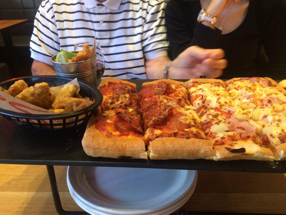 Pizza Hut Uk 12 Reviews Pizza 2 Riverside Level