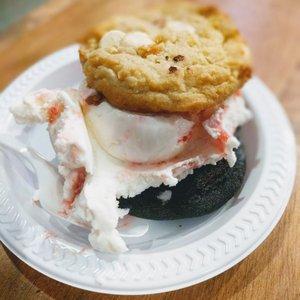 Eclair Bakery - 154 Photos & 147 Reviews - Bakeries - 117 ...
