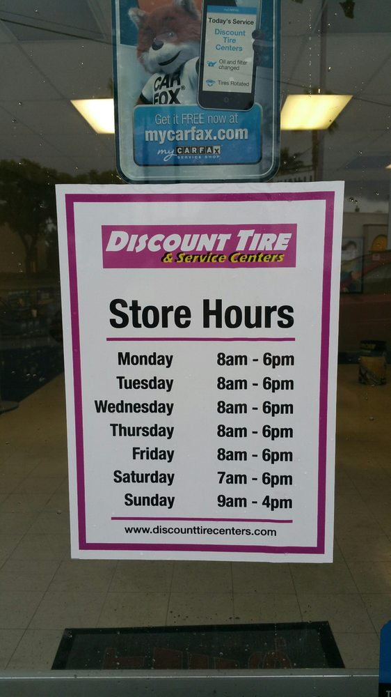 Discount Tire Hours Sunday >> Discount Tire Centers 33 Photos 138 Reviews Tires
