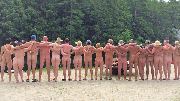 Familie nudist
