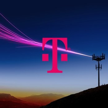 t mobile stores open in the bronx