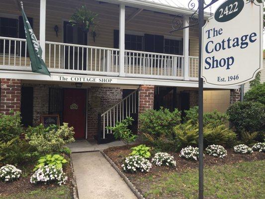 Cottage Shop 2422 Abercorn St Savannah Ga Gift Shops Mapquest