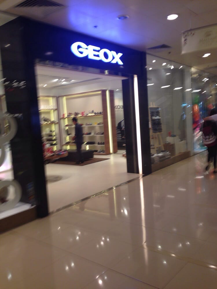 luz de sol Equipar Sierra  Geox - Shopping Centers - Olympian City, 18 Hoi Ting Road, 奧運, Hong Kong -  Phone Number - Yelp