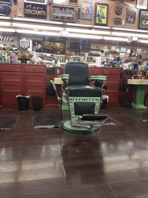 Joe S Barbershop Chicago 38 Photos 225 Reviews Barbers 2641 W Fullerton Ave Logan Square Chicago Il Services