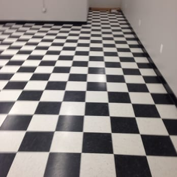 White Checkered Patterned Armstrong Vct