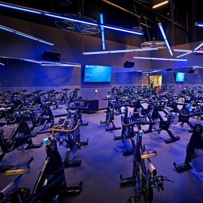 24 Hour Fitness Santa Ana Edinger 52 Photos 110 Reviews Gyms 1400 W Edinger Ave Santa Ana Ca Phone Number
