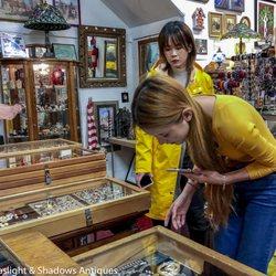Best Antique Shops Near Me April 2020 Find Nearby Antique Shops