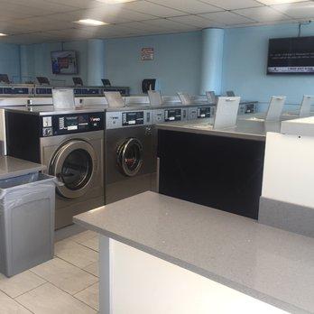 Oceanside Laundry 15 Photos Laundromat 1635 S Freeman St