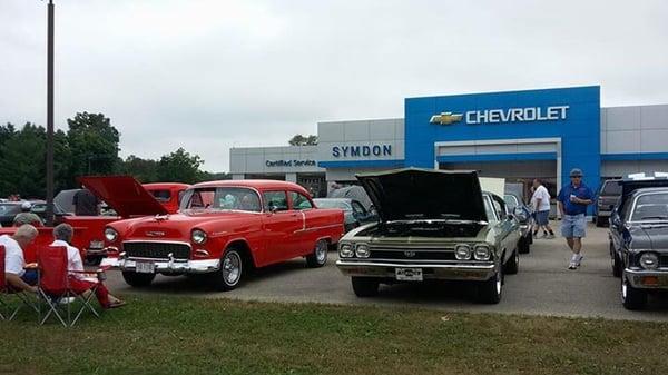Symdon Chevrolet 369 Union St Evansville Wi Auto Dealers Mapquest