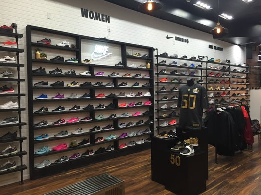 shoe stores in westfield mall