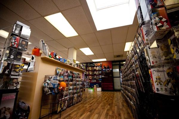 METROPOLIS COMICS AND TOYS - 27 Photos & 11 Reviews - Comic Books - 4735  Kingsway, Burnaby, BC - Phone Number - Yelp
