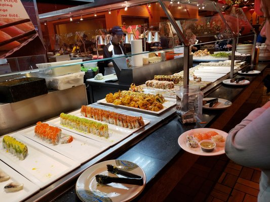 Dj S International Buffet 832 Photos 346 Reviews Chinese 1100 Stewart Ave Garden City Ny United States Restaurant Reviews Phone Number