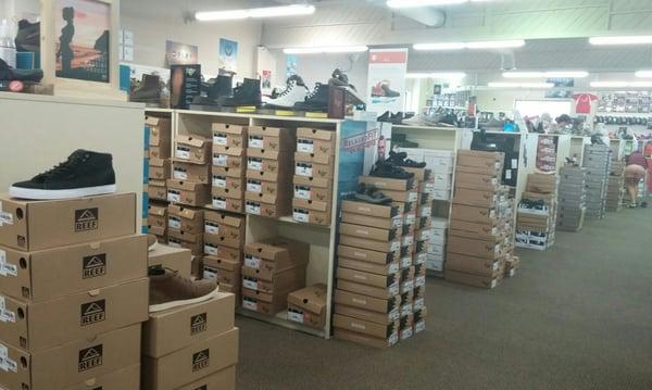 Factory Shoe Outlet - Shoe Stores