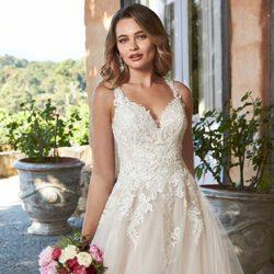 Top 10 Best Wedding Dress Rentals In Toronto On Last Updated October 2020 Yelp,Fancy Ladies Dresses For Weddings