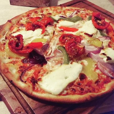 Planet Pizza 20 Reviews Pizza 187 Gloucester Road