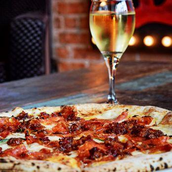 Cane Rosso - 1383 Photos & 1619 Reviews - Pizza - 2612 Commerce St, Deep  Ellum, Dallas, TX - Restaurant Reviews - Phone Number - Menu - Yelp