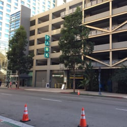 Photo of Ace Parking - 6th & K Parkade - San Diego, CA, US. View toward L Street