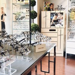 198e8a976067 Eyewear and Opticians in Chicago - Yelp