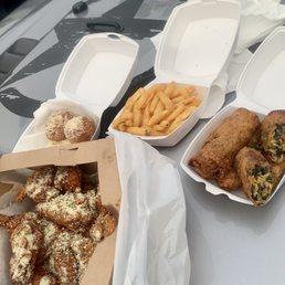 G S Southern Kitchen 71 Photos 24 Reviews Soul Food 1000 Circus Blvd Sarasota Fl Restaurant Reviews Phone Number Menu