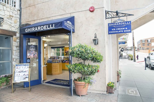 Ghirardelli Ice Cream Chocolate