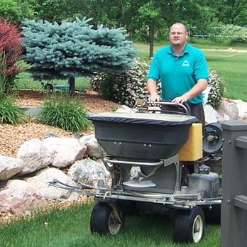 Natural Way Lawn Tree Service Tree Services 23689 Research Dr Farmington Hills Mi Phone Number Yelp