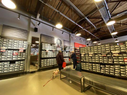 New Balance Factory Store 173 Market St