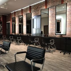 Best Hair Salons For A Quick Blowout Near Me December 2020 Find Nearby Hair Salons For A Quick Blowout Reviews Yelp