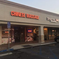 Mirada massage la The 10