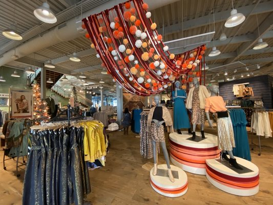 Anthropologie 181 Photos 179 Reviews Women S Clothing 180 El Camino Real Palo Alto Ca Phone Number Yelp